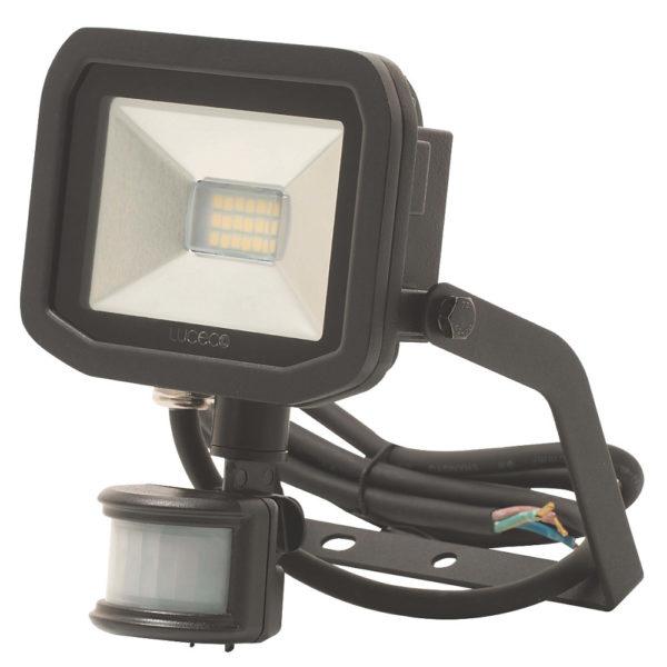 Exterior light: floodlight replacement